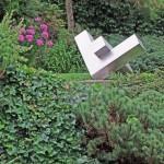 Rechter Winkel II , Skulptur in Edelstahl, Privatbesitz