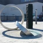 """Triade"""", 2012, Skulptur mit Lichtinstallation • Bahnhofsvorplatz Wetzlar"""