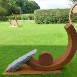 Gewichtung III / 2014, Granit und Cortenstahl, Höhe: 105 cm