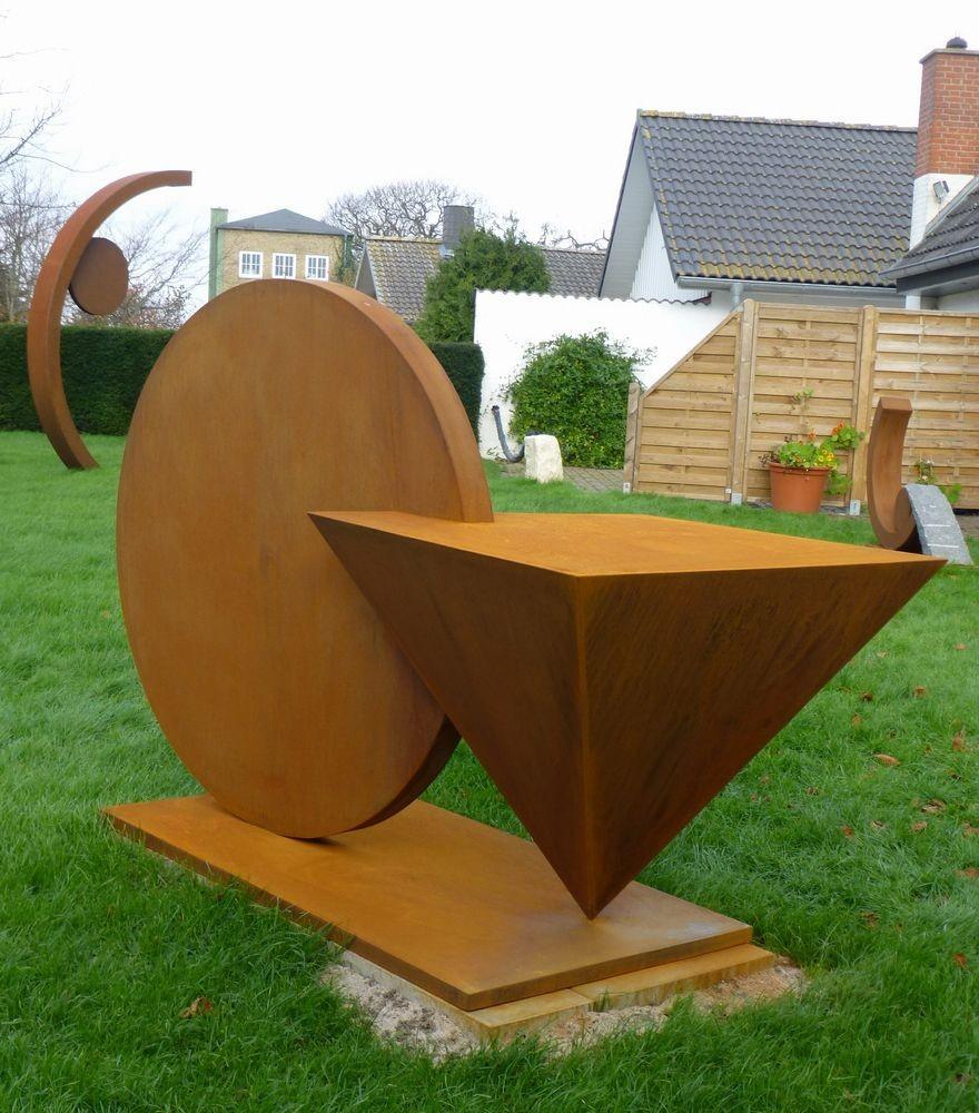 Labiles Gleichgewicht IV, Corten-Stahl, 130 x 210 x 100 cm