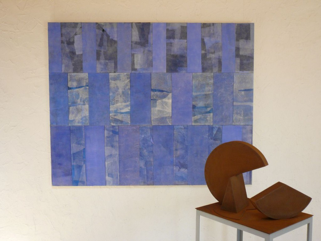 """""""Lichtblau"""", 2010, Acryl u. versch. Papiere auf Lwd., 120 x 150 cm, Privatbesitz"""