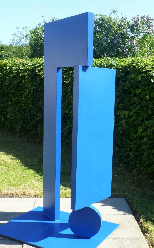 Öffnung /2016 Edelstahl, farbig Höhe: 180 cm