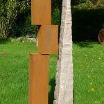 Counterbalance III /2018 Corten-Stahl u. Granit Höhe: 150 cm
