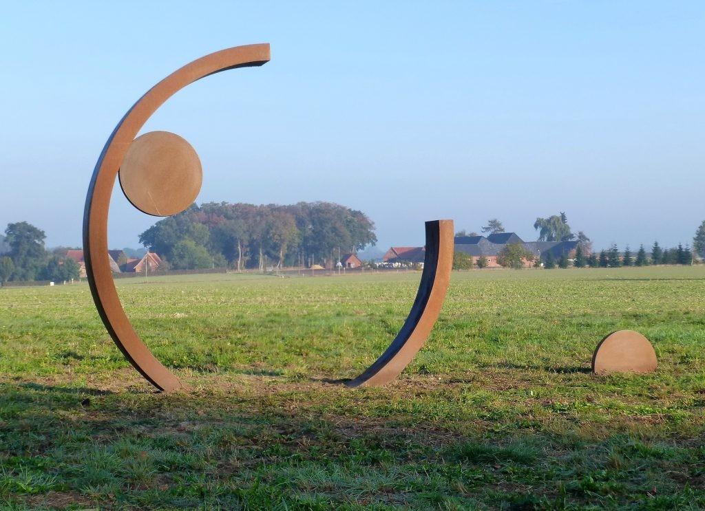 Rotation /2011 Corten-Stahl Kreisdurchm. 300 cm Kunstweg Hoya /Warpe